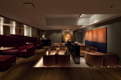 AZABU RESITED & ARK ROOMS (ギャラリーラウンジ)