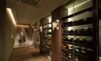 AZABU RESITED & ARK ROOMS (シャンパンコリドール)