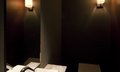 AZABU RESITED & ARK ROOMS (トイレ)