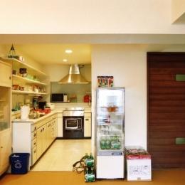 こだわりの理想を叶えた恵比寿の家 (キッチン・台所)