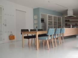 ソファチェアー (座り心地の良い椅子)