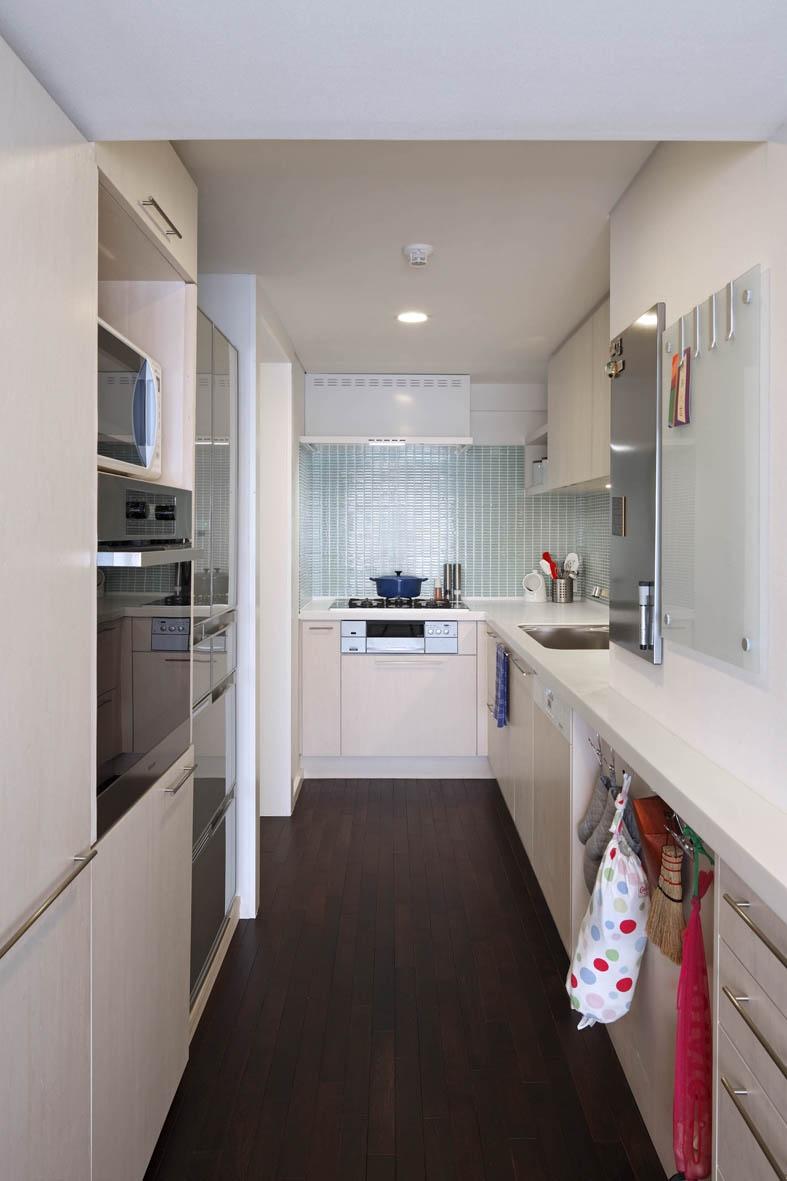 広尾H邸の部屋 キッチン01