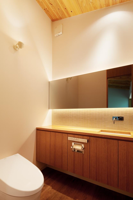 N山荘の部屋 トイレ1