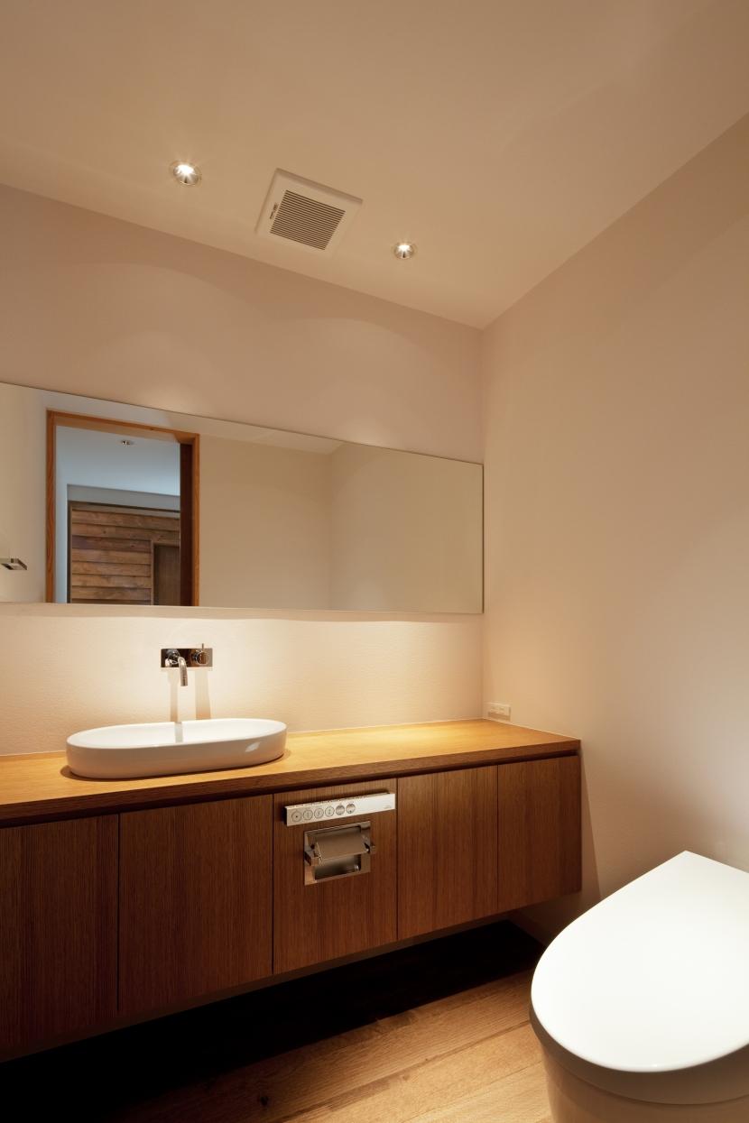N山荘の部屋 トイレ2