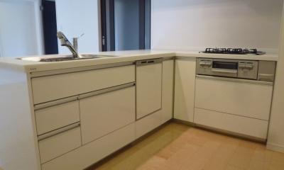 L字型オープンキッチン|赤坂ビンテージマンションリノベーション