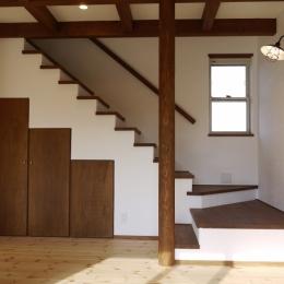 リビング (近江八幡の家)