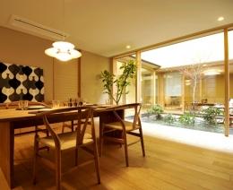 「光の家、集える庭。@現代京町家」 (ダイニング)