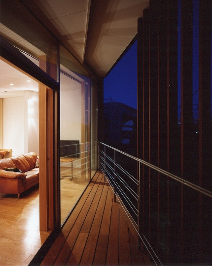菱形の家の写真 ベランタの夕景