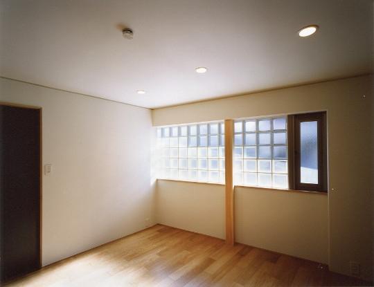 菱形の家の写真 部屋