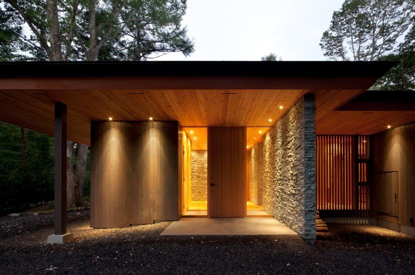 RW山荘の部屋 玄関1