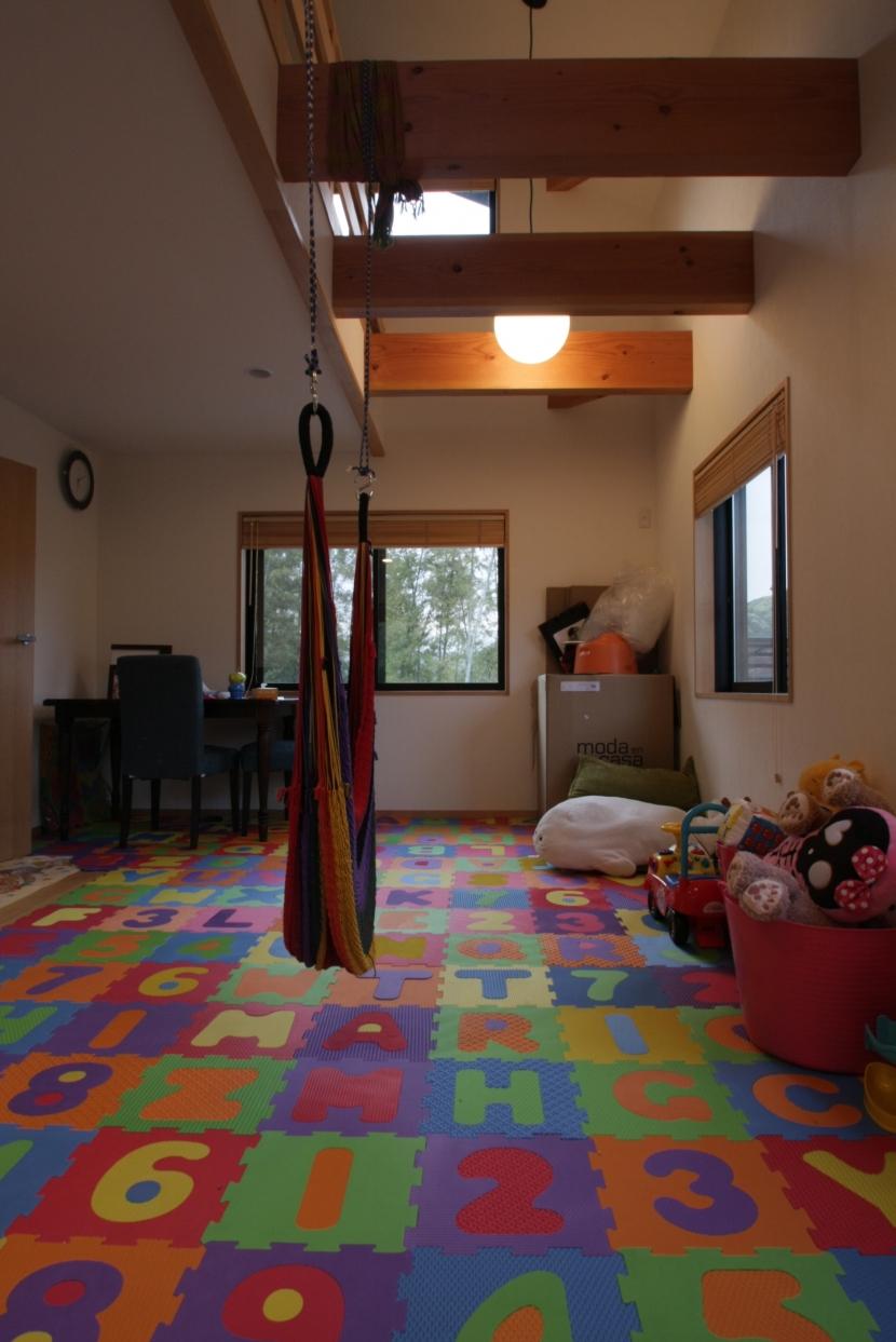 建築家:渡辺貞明建築設計事務所「秋谷育ちの二人の家」