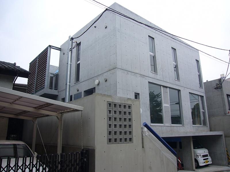 ギャラリーのある二世帯住宅の写真 外観
