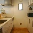 借景を取り込む家の写真 キッチン
