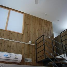 木造三階建て二世帯住宅