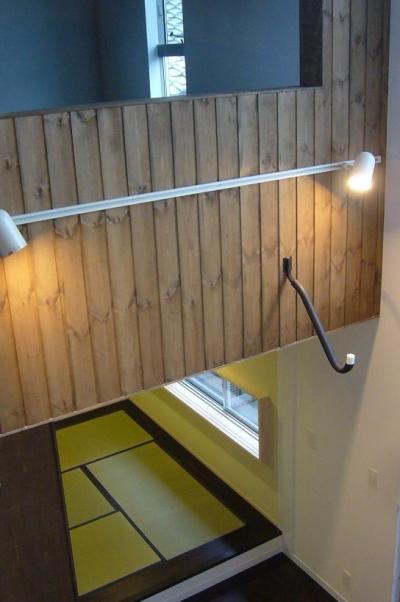 吹き抜け・和室 (木造三階建て二世帯住宅)