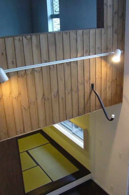 木造三階建て二世帯住宅の部屋 吹き抜け・和室