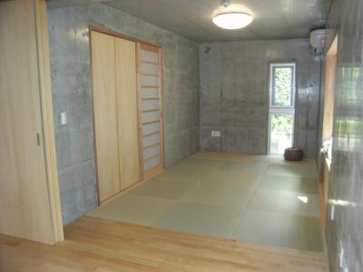 和室 (ギャラリーのある二世帯住宅)