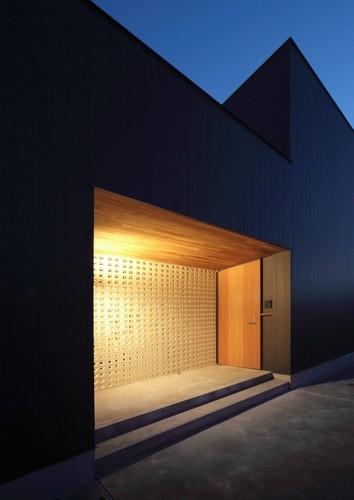 横井 努「一宮の家」