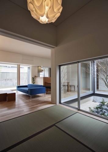 建築家:横井 努「一宮の家」