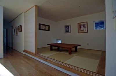 和室 (中庭のある平屋住宅)