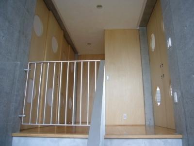 ホール・階段 (ギャラリーのある二世帯住宅)
