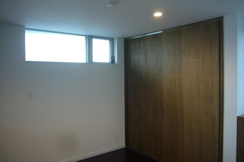 木造三階建て二世帯住宅の部屋 寝室