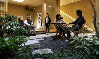 「光の家、集える庭。@現代京町家」