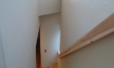 「狭小地域の家@現代京町家」 (階段)