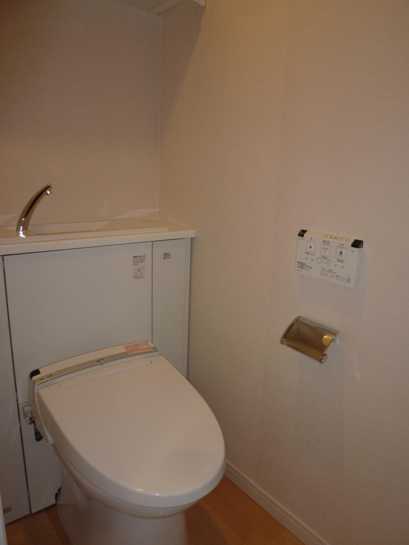 乃木坂邸の部屋 トイレ