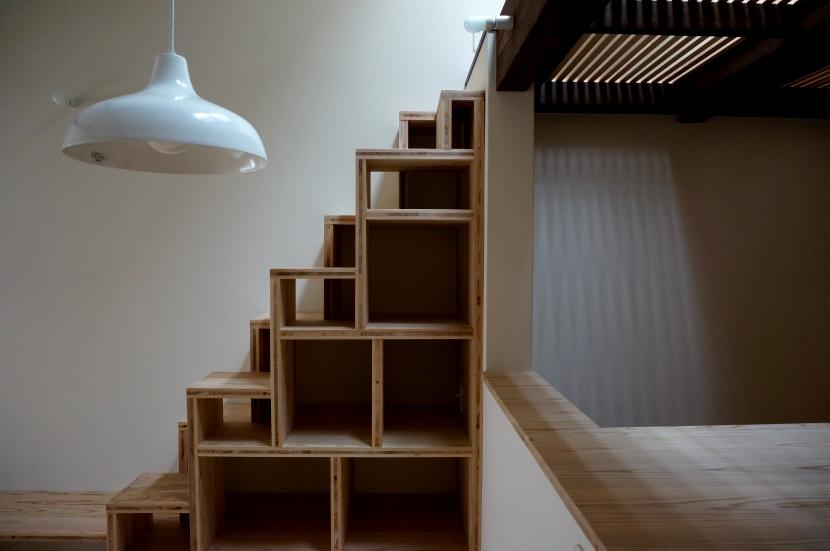 「大正時代の趣が残る家」の写真 箱階段