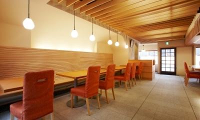 「amata cafe」 (店舗内)