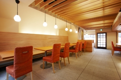 店舗内 (「amata cafe」)