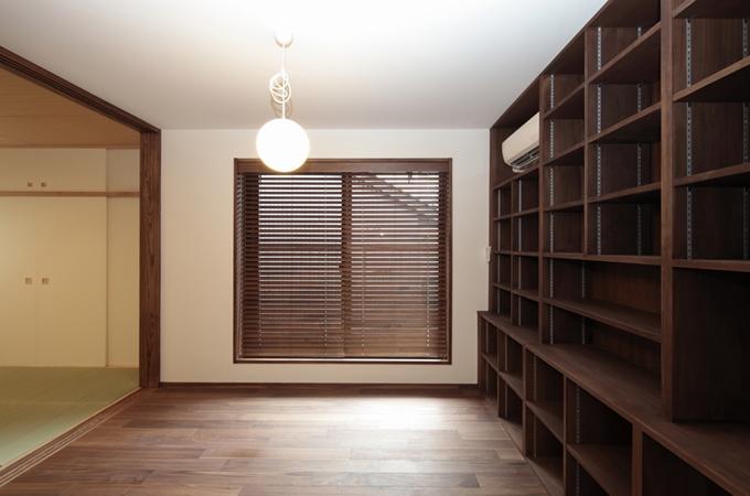 木造耐火構造の町屋の写真 図書室
