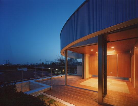 建築家:西島正樹「コーナーガーデンの家」