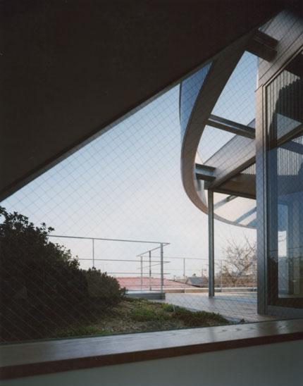 コーナーガーデンの家の部屋 テラス