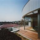 コーナーガーデンの家の写真 テラス