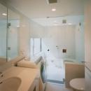 コーナーガーデンの家の写真 バス・トイレ
