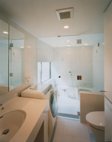 コーナーガーデンの家の部屋 バス・トイレ