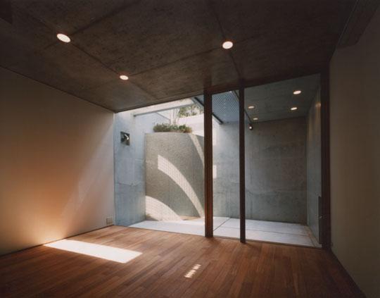 コーナーガーデンの家 (地下室)