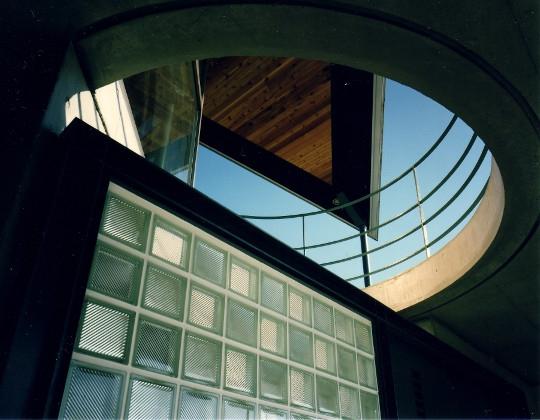 建築家:西島正樹「翼の家」