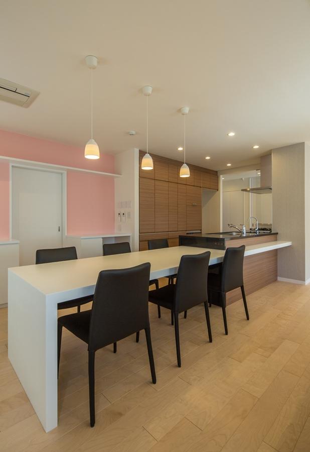 上目黒の家リノベーションの部屋 一体型ダイニングキッチン