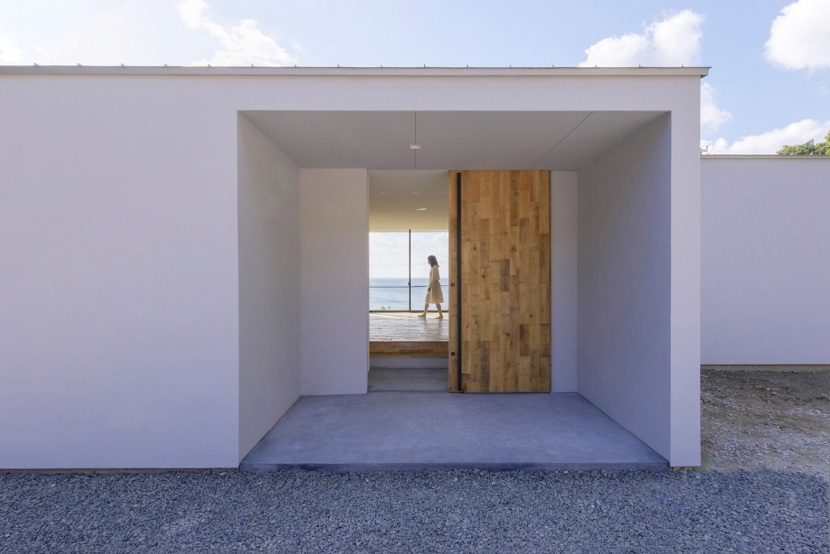 建築家:奥和田 健「シラハマノヒラヤ」