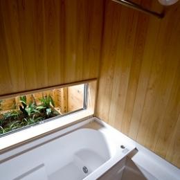 大原の家 ー離れのような父娘の別荘ー (浴室)