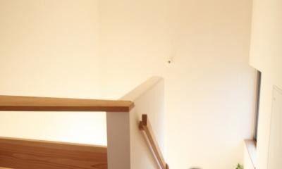 西船の家 ー母家に寄り添う長男の家ー (階段)