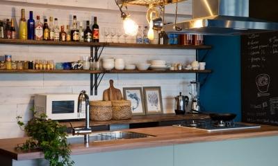 『azur mur』 ― カフェに住む (カップボード・ハンギングラック)