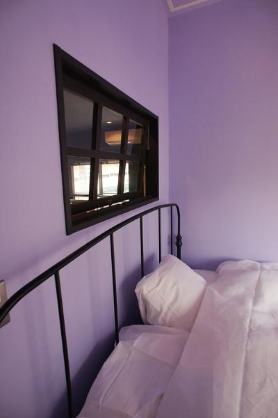 寝室 (『azur mur』 ― カフェに住む)