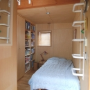小さな家~緑の中で暮らす木のアトリエ付住宅~の写真 子どもに個室はいらない