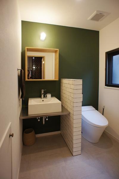 2F洗面室・トイレ (『ROPA』 ― 駆けられる家)