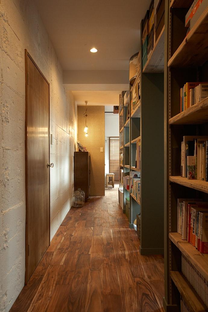 ヴィンテージマンションで渋カッコよく暮らす – circle -の写真 廊下1