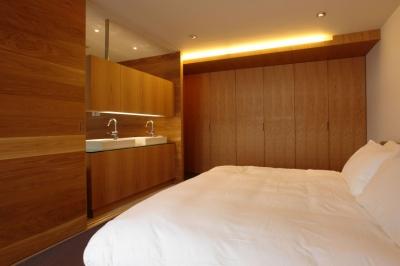 寝室 (Homat Orient)